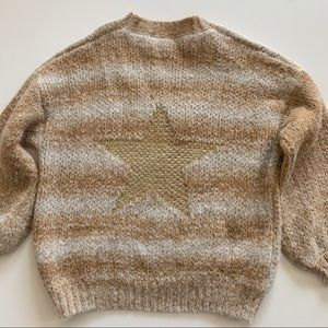 Impressions oversized gold star sweater size M/L